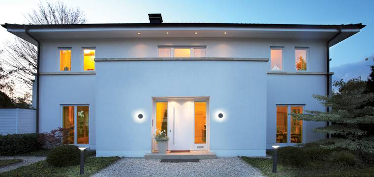 au enbeleuchtung hauseingang glas pendelleuchte modern. Black Bedroom Furniture Sets. Home Design Ideas